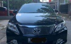 Jual mobil bekas murah Toyota Camry V 2014 di Jawa Barat