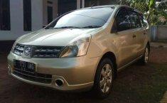 Mobil Nissan Grand Livina 2007 XV terbaik di Banten