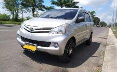 Jual Daihatsu Xenia X DELUXE 2014 harga murah di Sumatra Utara