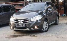Mobil Suzuki SX4 S-Cross 2016 dijual, Jawa Timur
