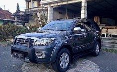 Jual mobil Toyota Fortuner G 2010 bekas, Bali
