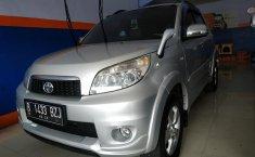 Jual mobil Toyota Rush G MT 2012 dengan harga murah di Jawa Barat