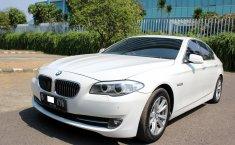 Jual mobil BMW 5 Series 520i 2012 murah di DKI Jakarta