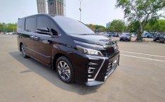 Jual cepat mobil Toyota Voxy 2018 di DKI Jakarta