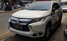 Jual mobil Mitsubishi Pajero Sport Exceed 2.4 AT 2016 murah di Jawa Barat