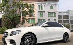Dijual mobil Mercedes-Benz E-Class E 300 2017 terbaik di DKI Jakarta