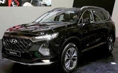 Dijual mobil Hyundai Santa Fe 2.2L CRDi 2019 terbaik di DKI Jakarta