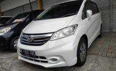 Jual mobil Honda Freed SD AT 2014 harga murah di Jawa Barat