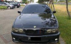 Jawa Timur, dijual mobil BMW 5 Series 520i 2003 E39 2003 bekas