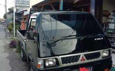 Mobil Mitsubishi L300 2006 terbaik di Sumatra Utara