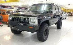 Jual mobil Jeep Cherokee 4x4 Limited 1994 dengan harga murah di DKI Jakarta