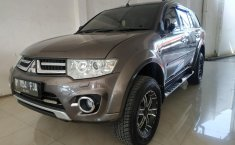 Mobil Mitsubishi Pajero Sport Dakar VGT AT 2014 dijual, Jawa Barat