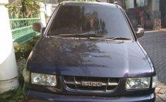Mobil Isuzu Panther 2004 LM dijual, Jawa Timur