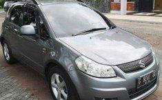 Jual mobil Suzuki SX4 X-Over 2010 terawat di DIY Yogyakarta