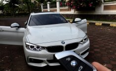 Dijual cepat mobil BMW 4 Series 428i 2018, Jawa Timur
