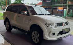 Jual mobil bekas murah Mitsubishi Pajero Dakar Sport Dakar Limited 4x2 Automatic Diesel 2013 di DIY Yogyakarta