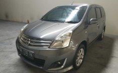 Jual mobil Nissan Grand Livina XV 2013 dengan harga murah di DIY Yogyakarta