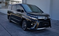Dijual cepat mobil Toyota Voxy ATPM 2018, DKI Jakarta