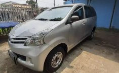 Dijual mobil bekas Daihatsu Xenia 1.0 D 2014 terbaik di Jawa Barat