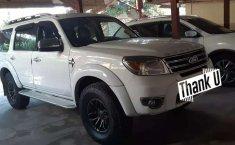 Jual mobil bekas murah Ford Everest XLT 2013 di Bali