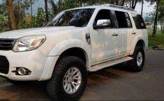Jual cepat Ford Everest Limited 2014 di Jawa Barat
