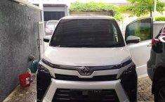 Banten, jual mobil Toyota Voxy 2018 dengan harga terjangkau
