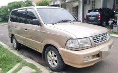 Banten, Toyota Kijang LGX 2000 kondisi terawat