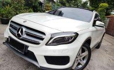 Mercedes-Benz GLA 2017 DKI Jakarta dijual dengan harga termurah