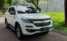 Jual Chevrolet Trailblazer LTZ 2017 harga murah di Jawa Timur