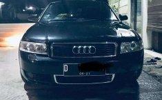 Jawa Barat, jual mobil Audi A4 2.0 Sedan 2002 dengan harga terjangkau