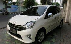 Jual mobil bekas Toyota Agya G Automatic 2014 dengan harga murah di Jawa timur