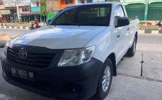 Mobil Toyota Hilux 2014 S Cab terbaik di Riau