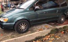 Mobil Hyundai Trajet 2001 terbaik di Riau