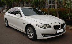 Jual mobil BMW 5 Series 520i AT 2012 terawat di DKI Jakarta