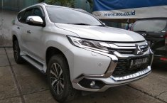 Jual mobil Mitsubishi Pajero Sport Dakar 2.4 Automatic 2018 terbaik di Jawa Barat