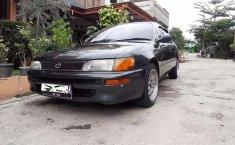 Mobil Toyota Corolla 1994 terbaik di Jawa Barat