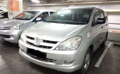 Mobil Toyota Kijang Innova 2005 2.0 G dijual, DKI Jakarta