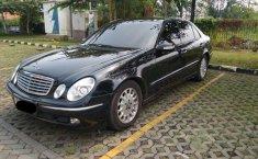 Mobil Mercedes-Benz E-Class 2002 260 dijual, Jawa Barat