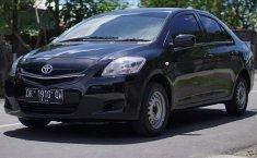 Bali, jual mobil Toyota Limo 1.5 Manual 2012 dengan harga terjangkau