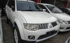 Jual cepat mobil Mitsubishi Pajero Sport Exceed 2WD 2011 di Banten