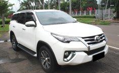 Jual mobil Toyota Fortuner VRZ 2016 bekas di DKI Jakarta