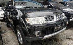 Dijual mobil bekas Mitsubishi Pajero Sport Dakar 4x2 AT Diesel 2012,  Jawa Barat