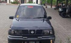 Mobil Suzuki Escudo 2000 terbaik di Jawa Tengah