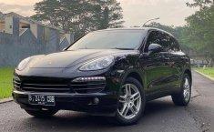 Jual mobil bekas murah Porsche Cayenne 2011 di DKI Jakarta