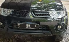 Jawa Barat, Mitsubishi Pajero Sport 2.5L Dakar 2014 kondisi terawat