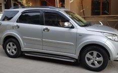 Mobil Toyota Rush 2010 S terbaik di Jawa Barat