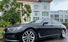 Jual cepat mobil BMW 7 Series 730Li Luxury 2017 di DKI Jakarta