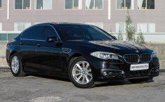 Mobil BMW 5 Series 528i Business 2013 dijual, Jawa Timur