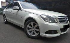 Mobil Mercedes-Benz C-Class C200 2011 dijual, DKI Jakarta