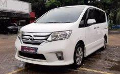 Dijua mobil bekas Nissan Serena Highway Star 2013, Banten